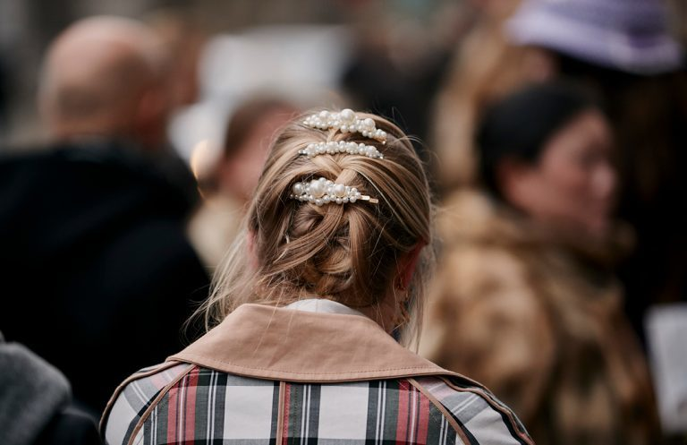 It's official, hair accessories are the new jewlery