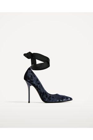 1aa9433008e Zara velvet women s shoes