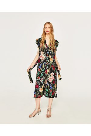 1aa490ae935 Zara offers women's printed dresses, compare prices and buy online