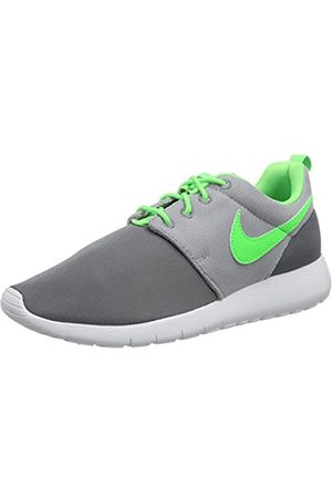Boys Trainers - Nike Boys' Roshe One (GS) Low-Top Sneakers Size: 4.5 UK