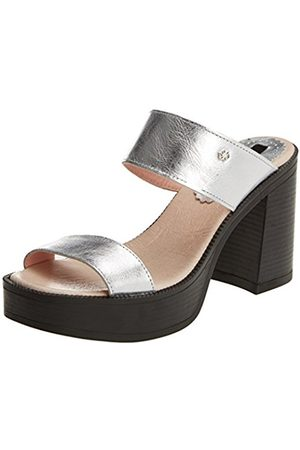 Women Sandals - Cuple Women's Sandalia Metalizada Plata Sandals with an Ankle Strap Size: 4