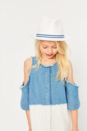 Zara HAT WITH A STRIPED RIBBON