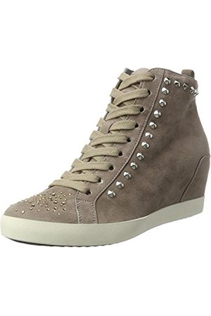 Kennel & Schmenger Women's Soho Low-Top Sneakers Size: 9