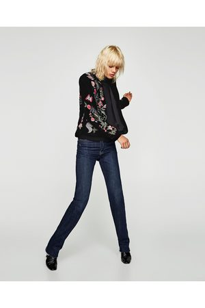 Gebeana EMBROIDERED VELVET JACKET