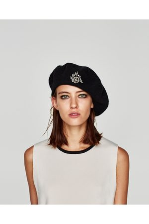 Zara BERET WITH BROOCH - Available in more colours