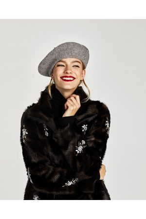 Zara SOLID FELT BERET - Available in more colours