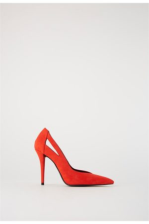 a39783078bb4 Zara COURT SHOES WITH CUT-OUT DETAIL