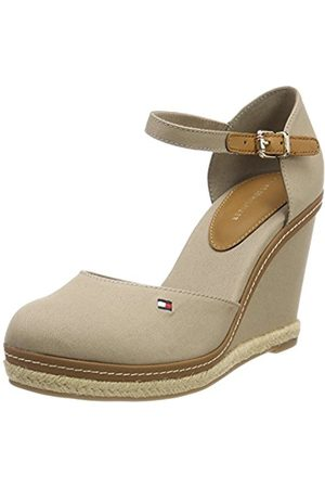 Tommy Hilfiger Women's Iconic Basic Closed Toe Wedge Espadrilles