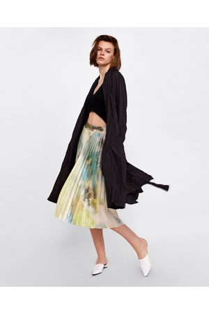 07263817ab Zara Patchwork print pleated skirt. View on next page. Zara 03010221