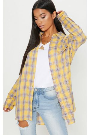PRETTYLITTLETHING Pale Check Oversized Shirt