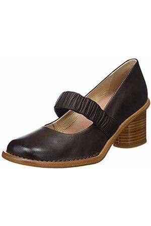 Neosens Women's Restored Skin Closed Toe Heels