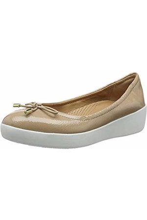 FitFlop Women's Superbendy Patent Closed Toe Ballet Flats