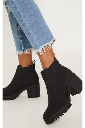 PRETTYLITTLETHING Chunky Chelsea Boot