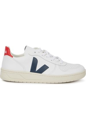 Veja Women Trainers - V-10 Leather Sneakers