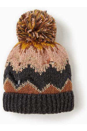 Zara PATTERNED HAT WITH APPLIQUÉS