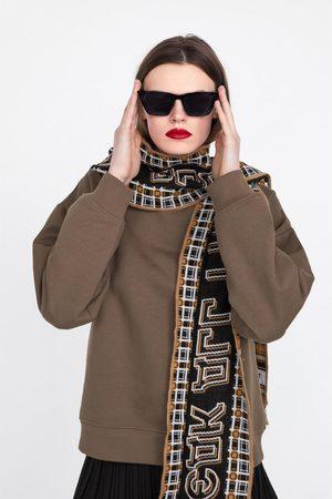Zara Sweatshirt with scarf