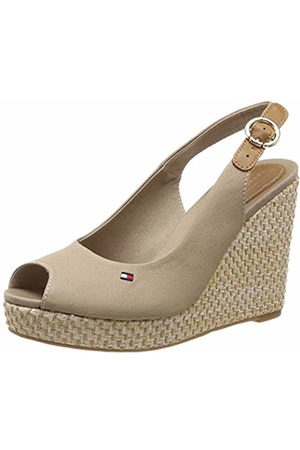 Tommy Hilfiger Women's Iconic Elena Basic Sling Back Sandals