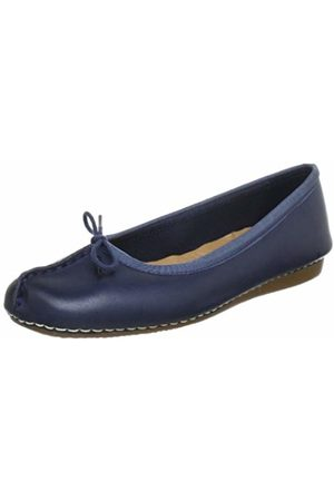 Clarks Womens Freckle Ice Closed Mocassins
