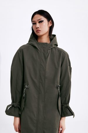 cb58d221 Hooded parka with drawstring