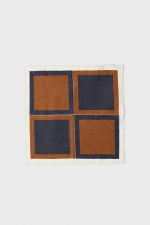 Zara Contrast square print pocket square