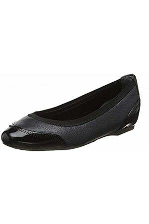 Rockport Women's Total Motion Hidden Wedge 20mm Crescent Closed Toe Heels