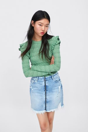 47fafd7319 Ripped denim skirt with zip