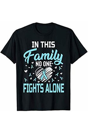 Medotukito Prostate Cancer In This Family No One Fights Alone T-Shirt
