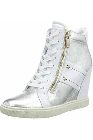 Tommy Hilfiger Women's Tommy Wedge Sneaker Low-Top ( 100)