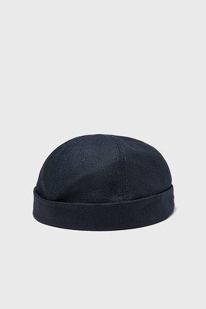 Zara Short hat