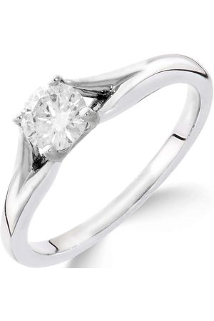 Love Diamond 9Ct White Gold 1/2 Carat Diamond Solitaire With Tapered Shoulders Ring