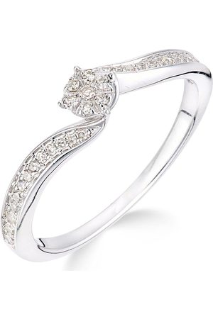 Love Diamond 9Ct 15 Point Diamond Cluster Tapered Shoulder Ring