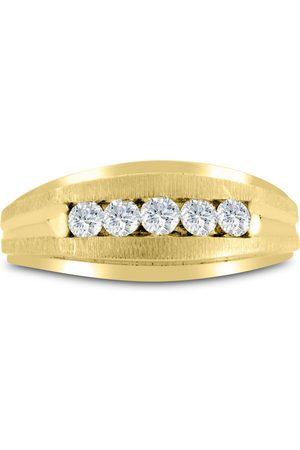 SuperJeweler Men's 1/2 Carat Diamond Wedding Band in 10K , I-J-K, I1-I2, 9.11mm Wide