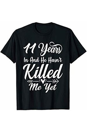 Medotukito 11th Wedding Anniversary Gift For Wife Her She Funny T-Shirt