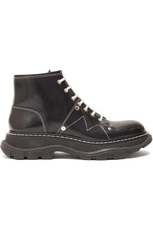 Alexander McQueen Exaggerated Sole Leather Boots - Womens