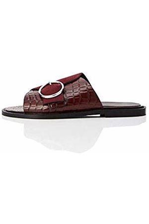 FIND Buckle Leather Crocodile Open Toe Sandals, Burgundy Croc Mix