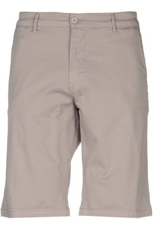 Drykorn TROUSERS - Bermuda shorts