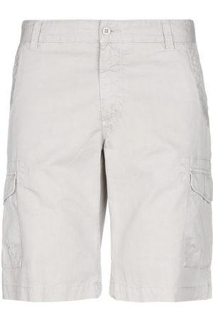 Woolrich TROUSERS - Bermuda shorts