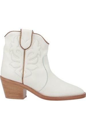 Twin-Set Women Ankle Boots - FOOTWEAR - Ankle boots