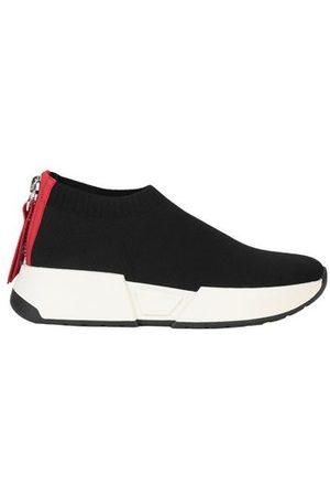 DKNY FOOTWEAR - Low-tops & sneakers