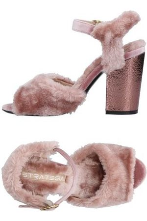 Strategia FOOTWEAR - Sandals
