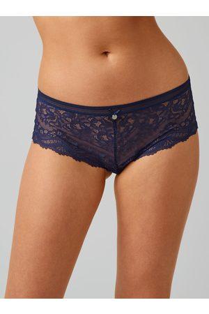 Boux Avenue Lillie lace shorts