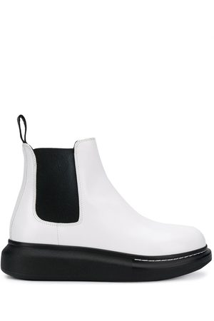 Alexander McQueen Chunky sole Chelsea boots