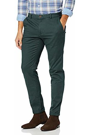 Izod Men's Saltwater Stretch Chino Trousers