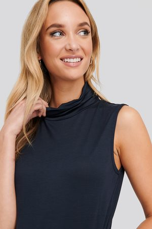 NA-KD Turtle Neck Sleeveless Ribbed Jersey Top - Blue