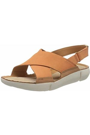 Clarks Women's Tri Chloe Low-Top Sneakers, (Coral Nubuck Coral Nubuck)