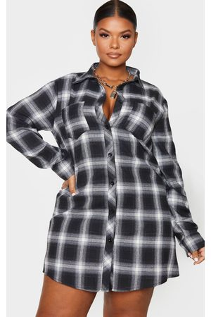 PRETTYLITTLETHING Plus Checked Oversized Shirt Dress