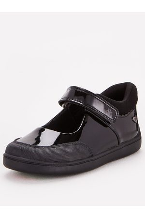 Very Toezone At Younger Girls Patent Leather School Shoe