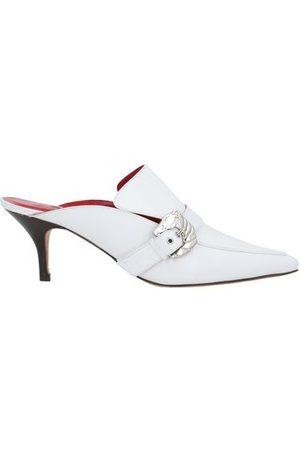 DORATEYMUR FOOTWEAR - Mules