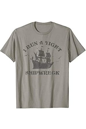 Cool Sarcastic Family Tees & Gift For Men Women I Run A Tight Shipwreck Funny Sarcastic Quote Parenting Gift T-Shirt