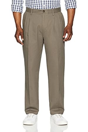 Amazon Classic-Fit Wrinkle-Resistant Pleated Chino Pant (Taupe)